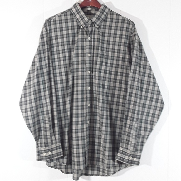 bill blass Other - Bill Blass plaid long sleeved buttonup shirt